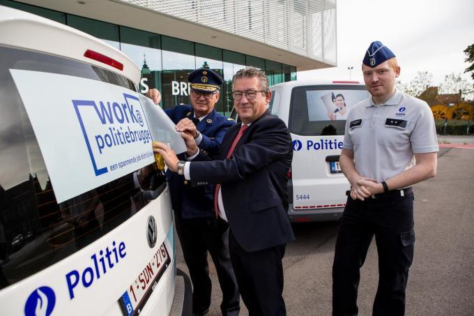 Korpschef Dirk Van Nuffel, burgemeester Dirk De fauw en Andy Vancoppernolle van de Brugse politie.©Davy Coghe Davy Coghe