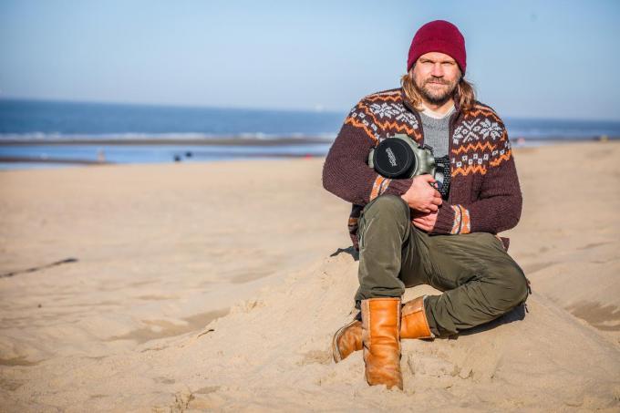 Surffotograaf Maarten Van De Velde die tijdens het WK Cyclocross beelden nam vanuit de zee, kreeg op die manier ook in het buitenland aandacht voor het thema depressie.© (Foto BP)