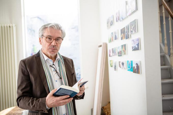 """Robert Devriendt: """"Ik kon niet weerstaan aan de romantische dwang om een boek te schrijven.""""©Davy Coghe Davy Coghe"""