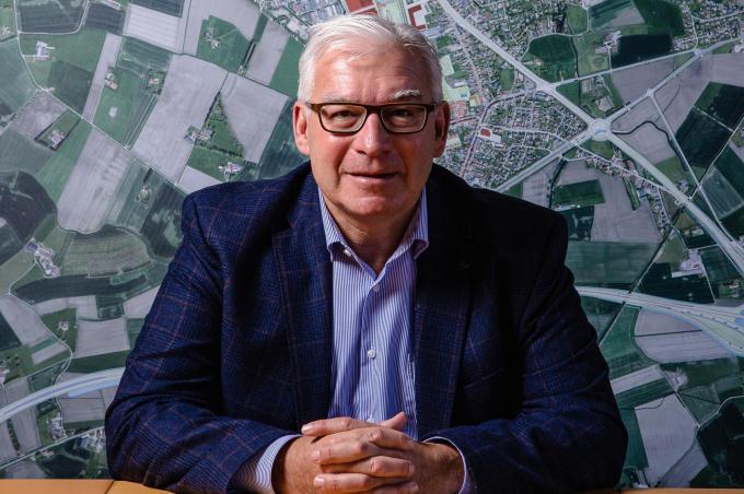 """Piet Groote: """"Ik had de voorbije jaren veel gesprekken met burgemeester Lippens. Maar hem kopiëren is onmogelijk.""""© Davy Coghe"""