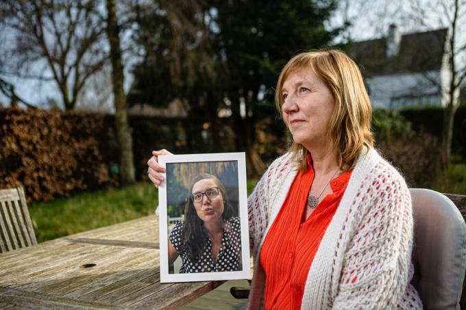 Dorien De Boever getuigt moedig over de laatste maanden van haar dochter Lien d'Alleine, die gevolgd werd door James Cooke voor 'Leef!'.© Davy Coghe