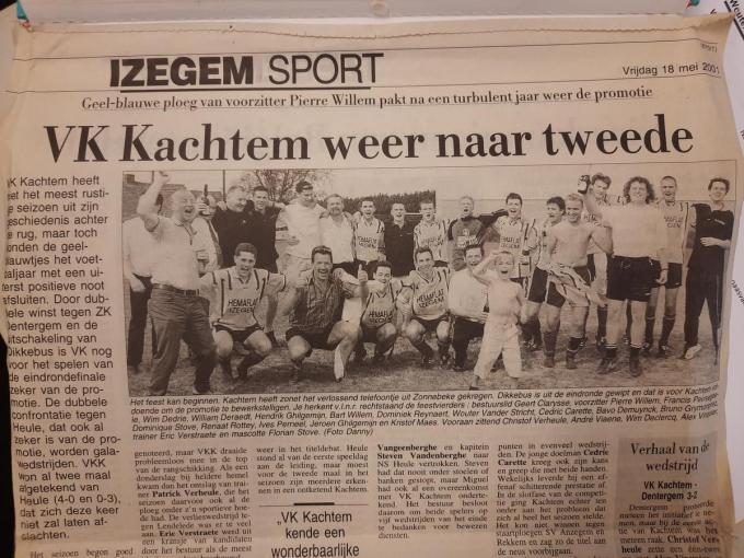 In mei 2001 - dus 20 jaar geleden - vierde VK Kachtem de promotie naar tweede provinciale met Dominique Stove in de gelederen. Hij zou later jeugdvoorzitter worden bij de club. Op het promotiefeest werden de kopjes kaal geschoren behalve... bij Dominique Stove.