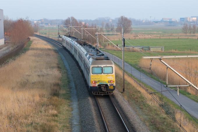 De rechtgetrokken spoorbedding spoorlijn 73. (foto MG)©marnix goemaere diksmuide
