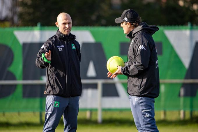 Thomas Buffel vormt een sterke tandem met hoofdtrainers Yves Vanderhaeghe.©KURT DESPLENTER BELGA