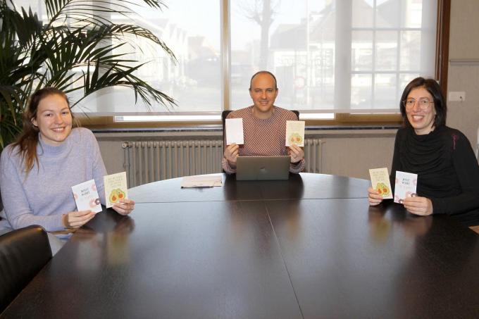 We herkennen van links naar rechts Jana Syoen, Stijn Ramboer en Valerie Vierstraete. (foto Coghe)©GINO COGHE Foto Coghe