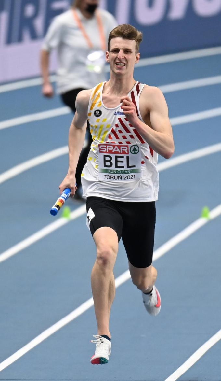 Alexander Doom liep blessure op tijdens de EK-finale van de 4x400m estafette.©JASPER JACOBS BELGA
