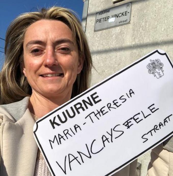 Ann Messelier, CD&V-schepen in Kuurne, met haar voorstel voor een vrouwelijke straatnaam: de Maria-Theresia Vancayseelestraat.© gf