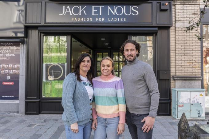 Lindsay Soenen (links), Nikita Taveirne en Sascha Vandenkendelaere, de gezichten van Jack et Nous.©STEFAAN BEEL Stefaan Beel