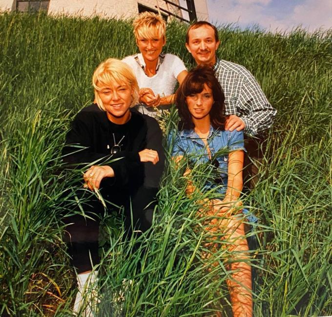 We deden ook een ruime reportage in 1997 mét Claudia, Petra alias Sha-Na én ook de andere bekende zangeres Petra. En natuurlijk mocht PADI dan ook niet ontbreken op de foto.© PADI/RN