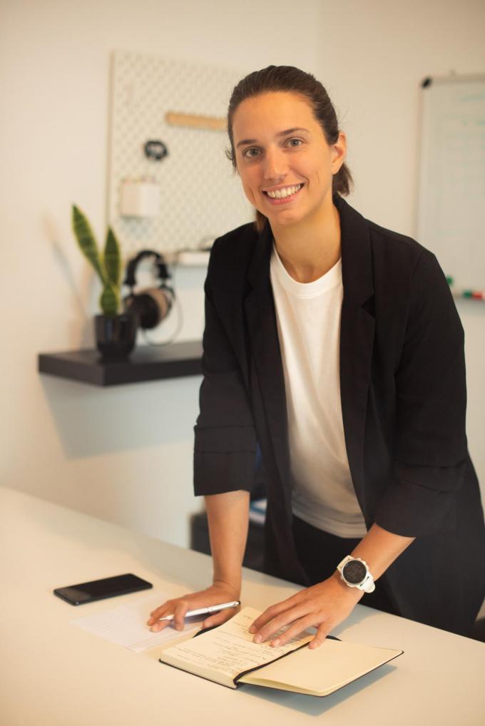 """Britt De Roy richtte een online marketingbureau op. """"Na vijf jaar in bijberoep was de tijd gekomen om er vol voor te gaan.""""© gf"""