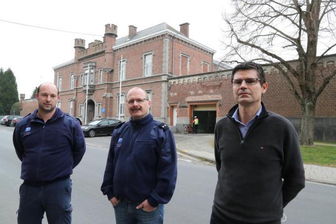 We zien van links naar rechts Steve Rambour, Wesley Verschetze en directeur Bruno Debode. (foto EF)©Eric Flamand