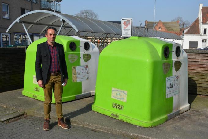 Schepen van milieu Frederic Hesters (Open Zulte) hoopt dat de strijd met zwerfvuil nu echt kan beginnen (foto JF)