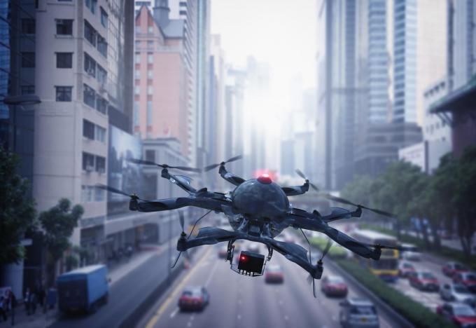 Beeld ter illustratie: straks houden drones ons rijgedrag in de gaten.© Getty Images
