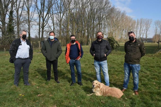 Vlnr Tommy Vandenbulcke ('t Schuttershof), Erwin Vandendriessche (Marke Boem Boem), Jan Kesteloot (Sint-Jan), Nicolas Beugnies (Marke Boem Boem) en Myke Fiorine (Chill's).© (Foto EDB)
