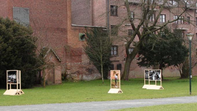 Ook in het Begijnhofpark staan kunstwerken.© JVGK