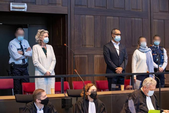 Hilde Van Acker en Jean-Claude Lacote op de eerste dag van het proces.© Belga