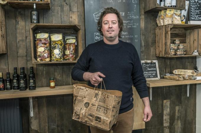 Stijn Lanssens pakt elk weekend uit met een andere aanbod takeaway, afgelopen weekend: tapas!©STEFAAN BEEL Stefaan Beel
