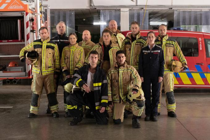 De cast bevat voornamelijk West-Vlaamse acteurs en actrices. (Foto VRT)