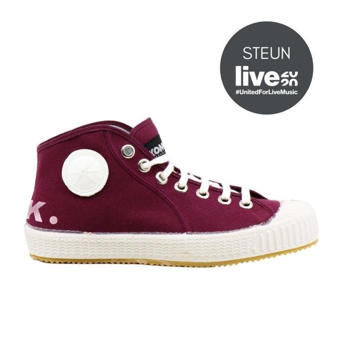 Wie een paar Dirk.schoenen koopt, ondersteunt zo mee de Belgische muzieksector.© GF
