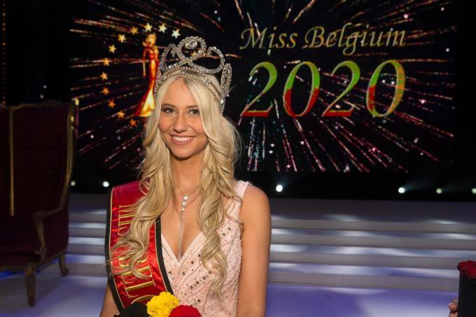 Céline Van Ouytsel mag op 31 maart haar kroontje doorgeven. De verkiezing kan je van in je wagen volgen.©JAMES ARTHUR GEKIERE BELGA