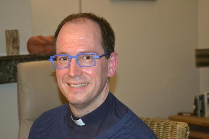 Stefaan Casteleyn wordt de nieuwe pastoor in Deerlijk.© MVD