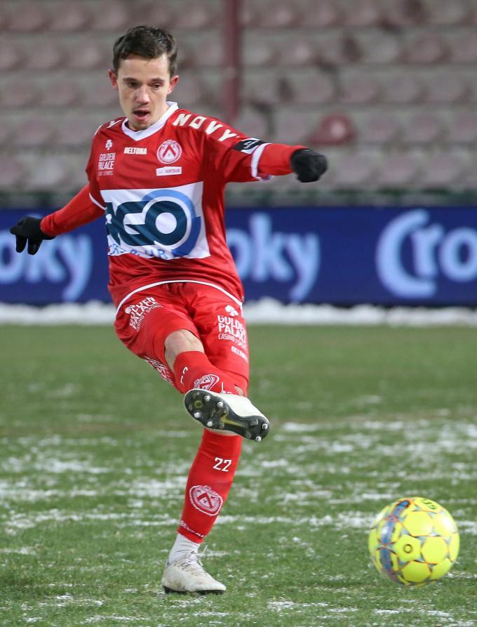 """Gaëtan Hendrickx voelt zich goed bij KV Kortrijk: """"Ik heb niet te veel nagedacht en koos voor dit avontuur.""""© VDB"""