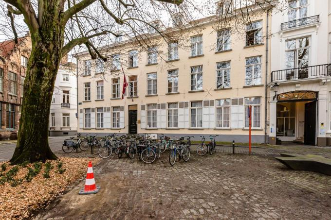 Het is lang niet de eerste keer dat studenten van het Europacollege in Brugge het te bont maken.© a-Davy Coghe