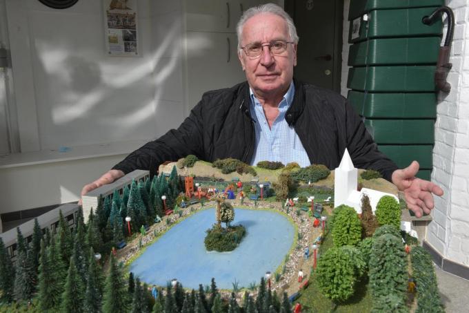 Marc Casier lanceert het idee om de zone rond het Duinenkerkje om te vormen tot een park.© EFO