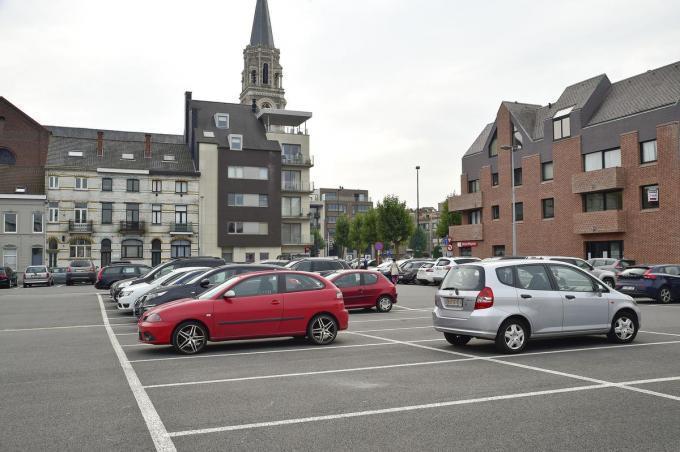 De site zal ook de komende jaren dienst doen als parking.© (foto SB)