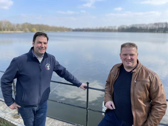 Niek Benoot en Jürgen Crombez hebben grootse plannen rond Zillebekvijver.© TP