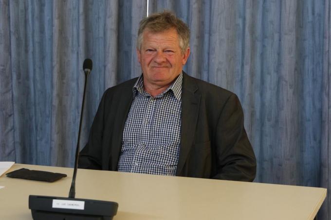 """""""Ik heb beslist om het schepenmandaat over te laten aan mijn opvolger, Bert Doise"""", vertelt Luc Caenepeel.© EF"""