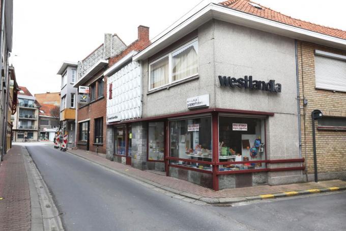 Drukkerij Westlandia bepaalde 64 jaar het uitzicht van de Beerstraat. Straks valt het doek.©Johan Sabbe