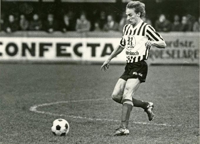 Jean-Yves Van Den Berghe in bij FC Roeselare.