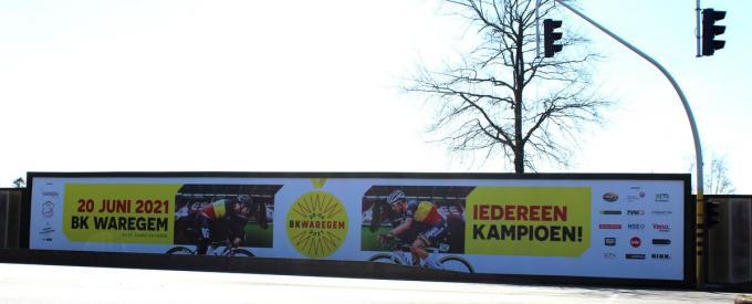 De banner van het BK Wielrennen op 20 juni in Waregem werd vandaag voorgesteld.© DJW