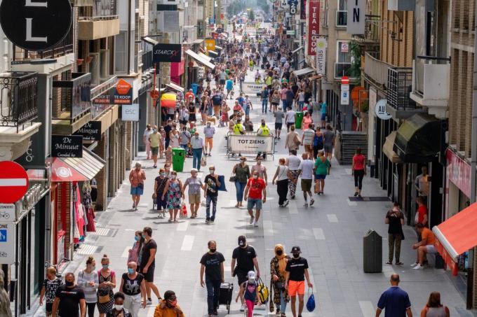 Open VLD Blankenberge doet zelf ook enkele voorstellen voor deze zomer zoals winkelweekends en avondshopping.©NICOLAS MAETERLINCK BELGA