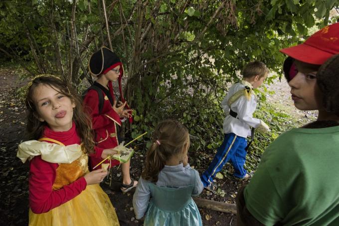 Tijdens de paasvakantie voorziet de stad opvanginitiatieven voor jonge en minder jonge kinderen.© MD