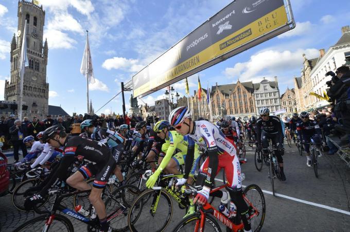 Als het van burgemeester De fauw afhangt, mogen we spoedig de Ronde van Vlaanderen terug op de Grote Markt van Brugge verwelkomen.© BELGA
