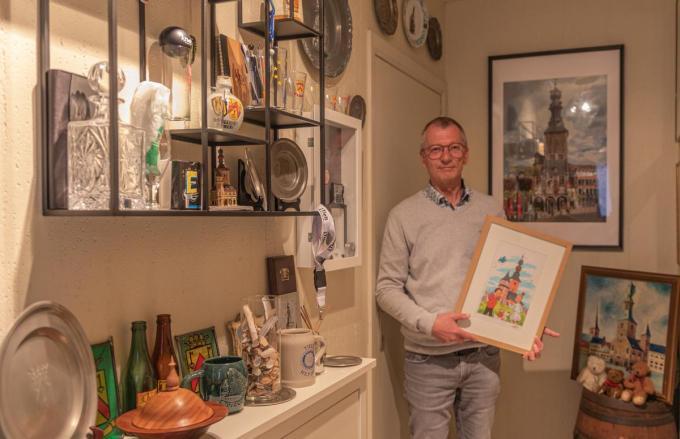 Martin De Brabandere tussen zijn ondertussen erg uitgebreide collectie.©WMe by Wouter Meeus WME