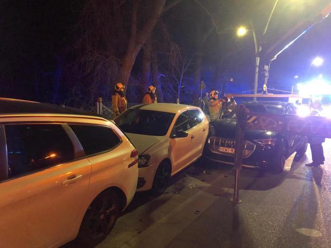 Drie auto's moesten getakeld worden.© BB