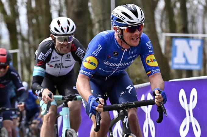 Yves Lampaert kende pech in de E3 Harelbeke. Lukt het zondag wel voor hem in de Ronde?© BELGA