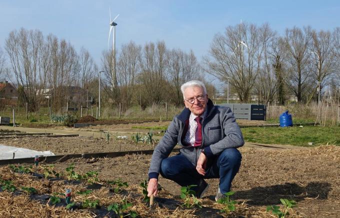 Didier Demets is ondervoorzitter van het comité dat het volkstuintje op 't Hoge beheert. (foto AN)