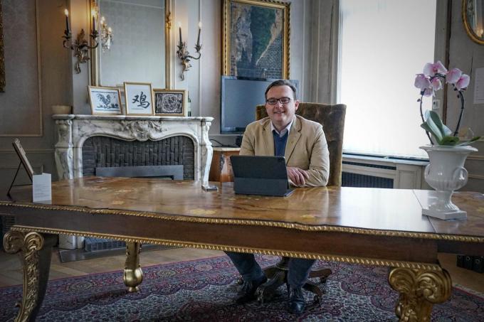 Frederic Mahieu richtte het huis van zijn opa in als showroom. (foto CLL)