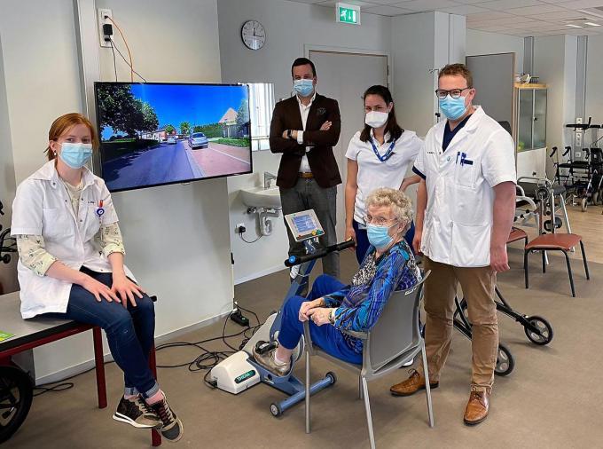 Frida De Rammelaere testte het systeem met plezier uit.© foto TVW