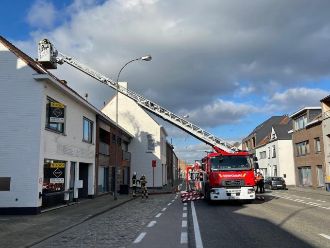 De toegesnelde brandweer kon erger voorkomen.© JVM