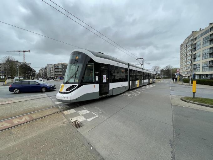Bij grote drukte kunnen 187 passagiers tegelijk met de tram reizen in alle comfort.© foto JR