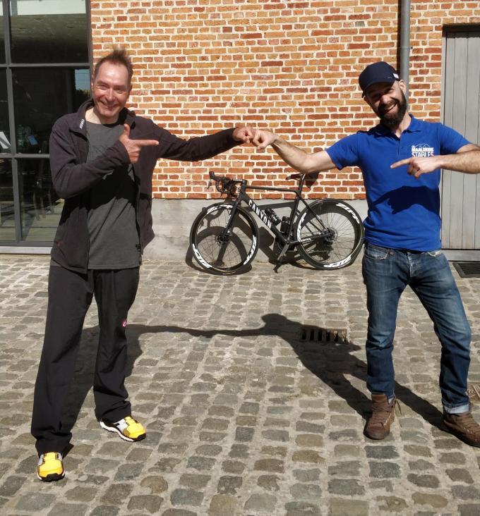 Zaakvoerder Pieter met oud-renner Erik Zabel.© GF