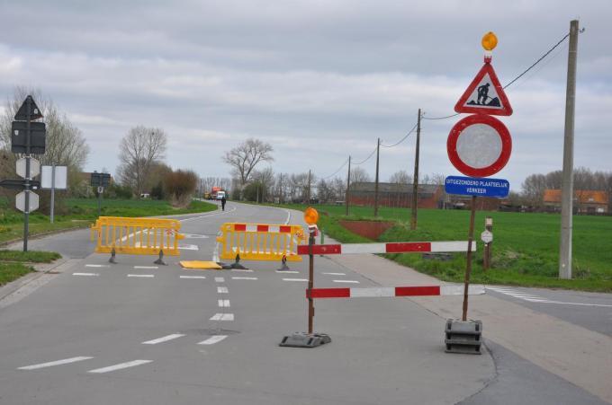 Tijdens de werken moest het verkeer plaatselijk omrijden.© KVCL