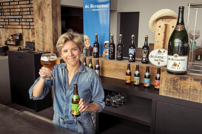 """Julie Depypere: """"Dit jaar willen we ook Wallonië veroveren. Het klinkt vreemd, maar op een terrasje in Spanje zal je onze bieren sneller aantreffen dan ergens in de Ardennen.""""©JOKE COUVREUR"""