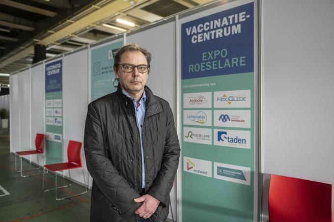 Hein De Meyere doet er alles aan om de kwetsbare groepen te bereiken en te overhalen om zich te laten vaccineren. (foto SB)©STEFAAN BEEL Stefaan Beel