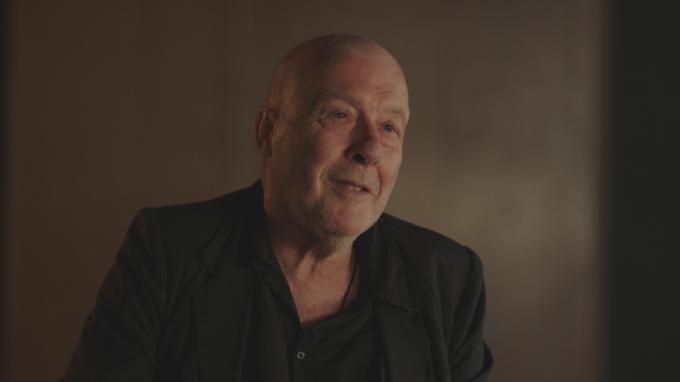 Regisseur Dominique Deruddere is de voormalige buurman van Arno. (foto VRT)
